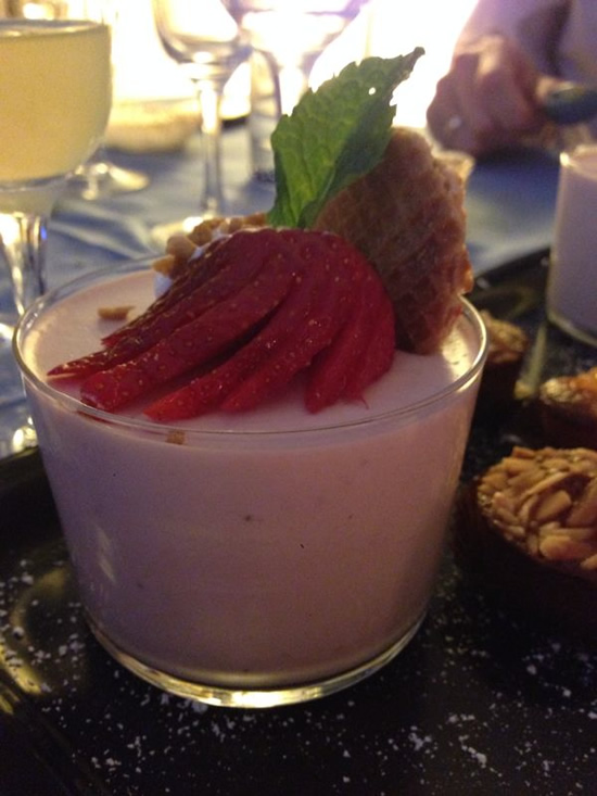 strawberry-white-choclate-mousse
